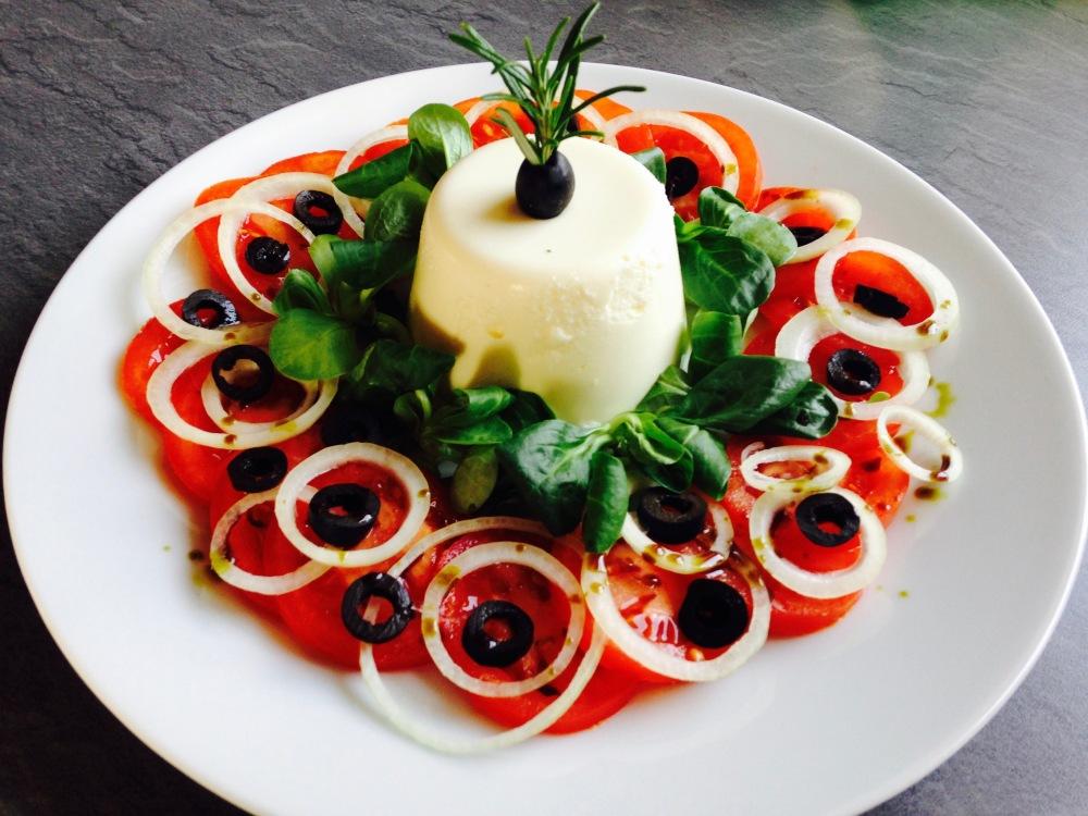 feta-puding-paradicsom-salataval